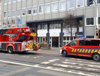 Leerling sticht brand in toiletten Maris Stella: drie leerkrachten naar ziekenhuis