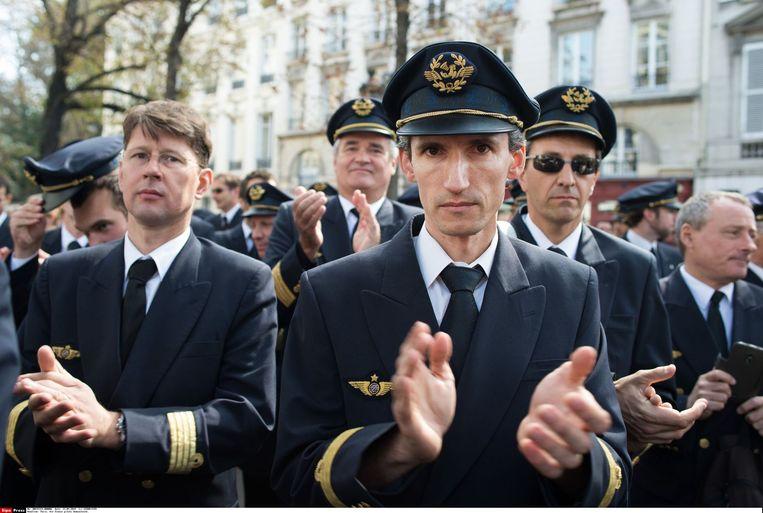 Air-France piloten demonstreren bij het Franse parlement. Beeld SIPA Press / Hollandse Hoogte