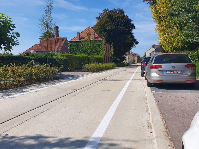 In de Bellemstraat kan nu niet meer op straat geparkeerd worden.