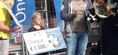 Cheque van 1500 euro voor Emma uit Kampen