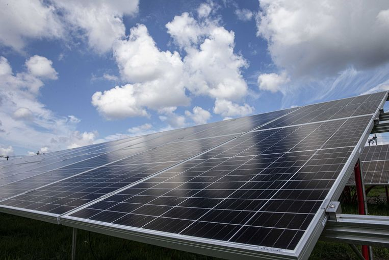 Innovatieve batterijen die veel energie uit bijvoorbeeld zonnepanelen kunnen opslaan bevorderen het grootschalige gebruik van schone elektriciteit.   Beeld ANP