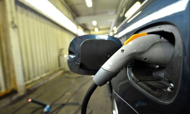 Belastingvoordeel Voor Hybride Auto S Dooft Uit Omgekeerde Wereld