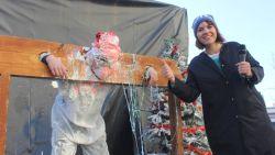 Aalstenaars nemen wraak op Luc Haekens van De Ideale Wereld