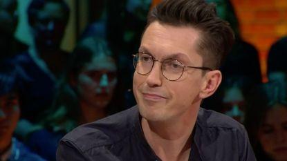 """Steven Van Herreweghe beweert dat televisie hem gered heeft: """"Door tv had ik het gevoel dat ik aan mezelf kon ontsnappen"""""""