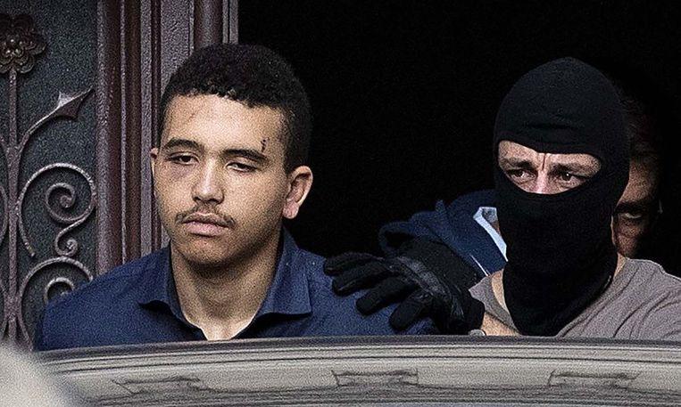 Makaveli Lindén bij zijn arrestatie in Frankrijk, met verwondingen aan het hoofd.