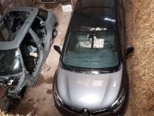 Twee gestolen auto's verstopt achter strobalen in schuur in Heijningen