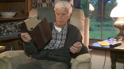 Vleermuis verstopt zich in iPad-hoes en bijt 86-jarige Amerikaan in vinger