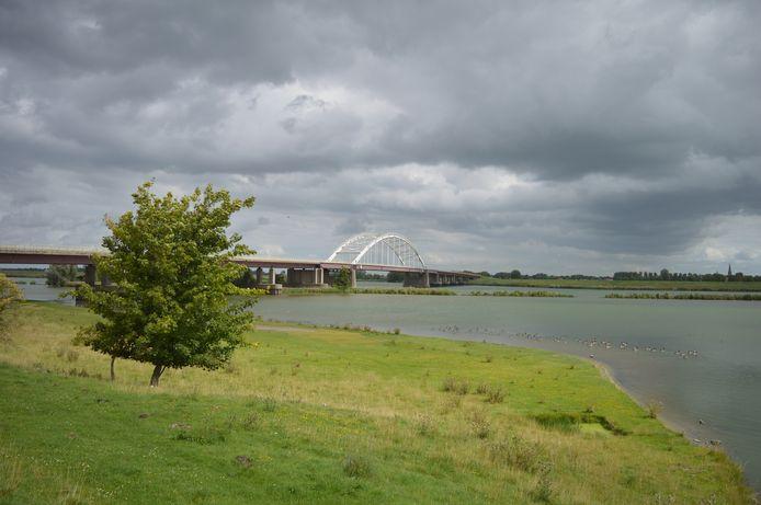 Het Schelde-Rijnkanaal