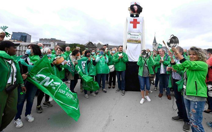 Manifestation du non-marchand, à Liège, à l'appel de la CNE.