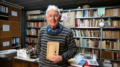 """Jeugdvriend Jan Van Hemelrijck woont in een soort Ernest Claesmuseum: """"Mijn collectie telt 40.000 stukken. Ik kocht zelfs zijn geboortehuis"""""""