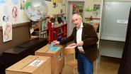 Burgemeester Michel Doomst kleurt (waarschijnlijk) voor de laatste keer een bolletje achter zijn eigen naam