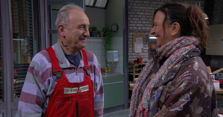 Met Nancy in 'Thuis', gespeeld door Ann Pira.