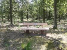 Bomenpark bij Heesch krijgt bankjes om geliefden te gedenken