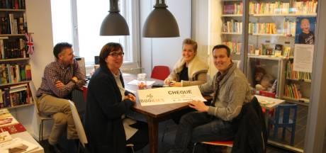 Bookies Veghel haalt zesduizend euro op voor zieke Jayden