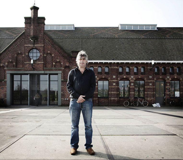 Oud-wethouder Rob Oudkerk, directeur van de Jeugdfabriek. Foto Jan van Breda Beeld