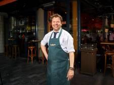 Barman Alex van Zanten: 'Een goede kelner is net een sociaal werker'