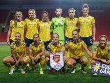 Miedema schittert met vier goals namens Arsenal in Praag