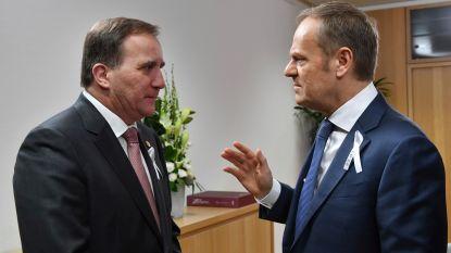 Regeringsleiders op EU-top in Brussel spelden wit herdenkingslintje op