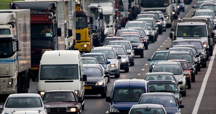 Tilburg en Goirle gaan samen bij het Rijk pleiten voor verlaging van de maximumsnelheid op de A58.