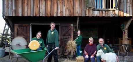 Historisch moment: Wim en Ada nemen na 40 jaar afscheid van Boerderij 't Geertje