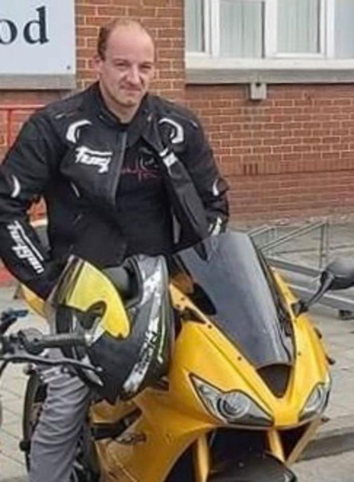 Jonathan 'Poltje' Dehaerne (34) stierf bij een ongeval met zijn motorfiets.