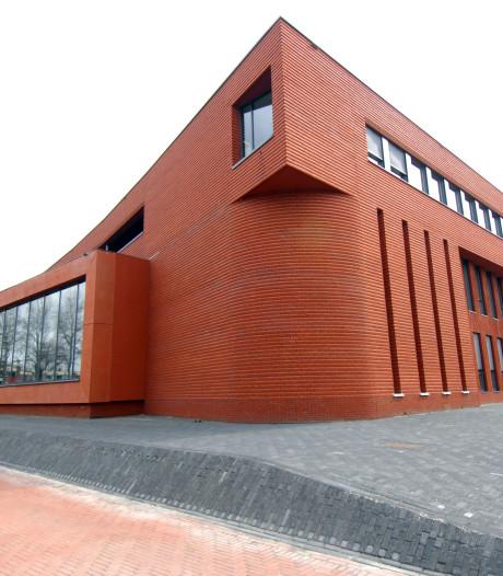 Twenterand wil gemeentehuis herinrichten: bibliotheek in centrale hal