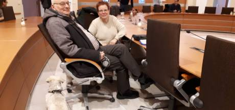 Opvang bewoners na plofkraak Uden: 'Ik sta in m'n nachthemd in het gemeentehuis'