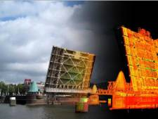 Koninginnebrug opent vannacht extra ver voor speciaal transport
