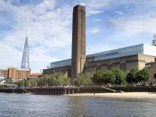 Tiener duwt 6-jarig jongetje van tiende verdieping museum Tate Modern in Londen