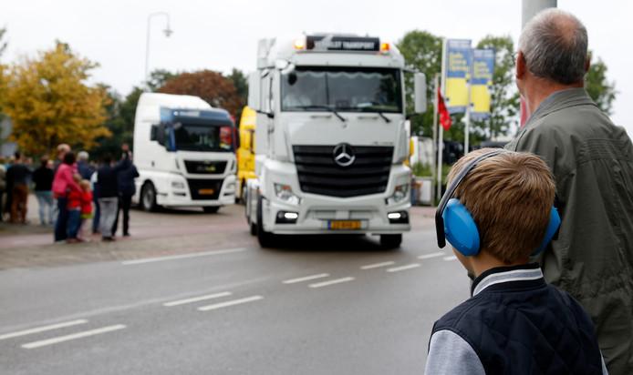 Start Truckroll vanaf het oude Philips-terrein aan de Haarmanweg in Terneuzen, archieffoto 2017.