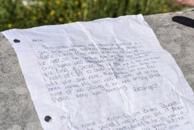 Een van de aangrijpende briefjes die Brian vergezellen op zijn laatste reis