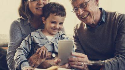 Vergeet de nieuwjaarsenvelop: zo geef je beter geld aan je (klein)kinderen