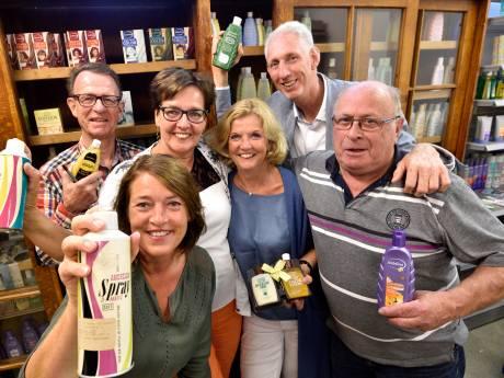 Oud-medewerkers van Bodegraafs bedrijf Andrélon houden reünie