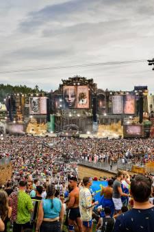 Festivalganger (27) Tomorrowland overleden: in totaal zeven personen naar ziekenhuis