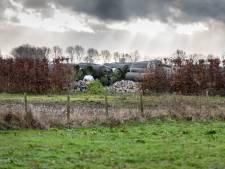 Geen uitstel meer voor afvoeren kunstgras Velddriel en Hedel