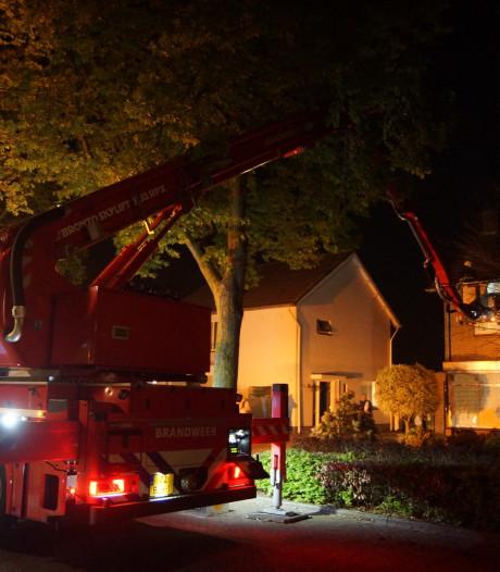 Woningbrand in Kaatsheuvel, twee bewoners door brandweer bevrijd