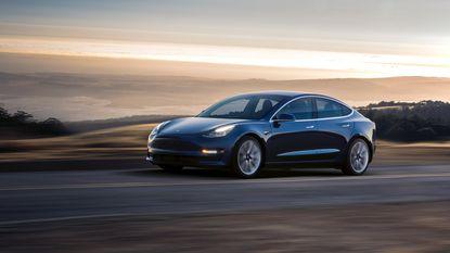 Tesla volledig de mist in met productie van 'Model 3'