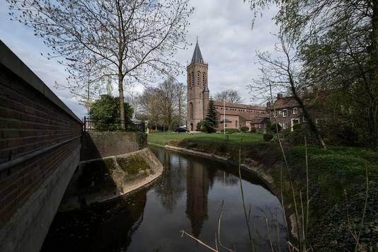 De katholieke kerk in Aalten op archiefbeeld.