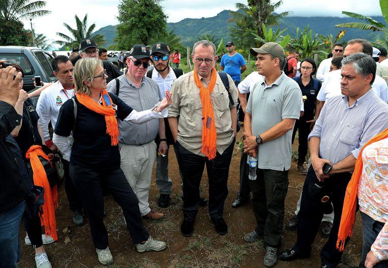 Een delegatie van de EU bezoekt een gesponsord trainings- en reïntegratiecentrum in Caqueta. Beeld EPA