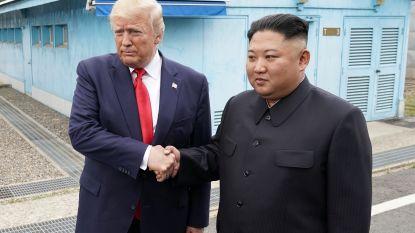 Historisch: Trump zet voet op Noord-Koreaanse bodem voor ontmoeting met Kim Jong-un