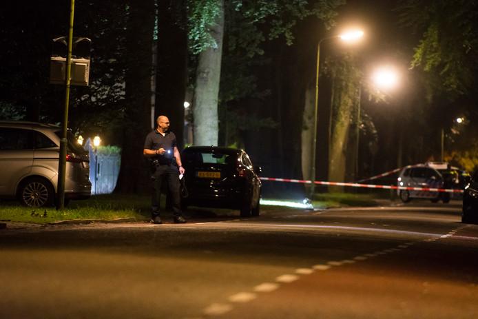 De politie doet onderzoek na de beschieting van de villa van Mohamed H. in Doorn.
