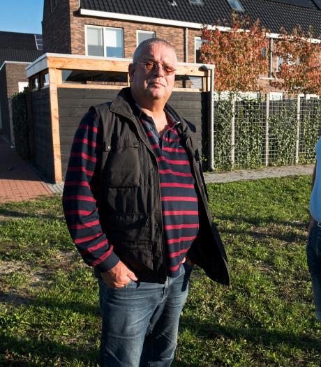 Gemeentelijk gedoogbeleid leidt tot wirwar aan bouwsels op Weideveld