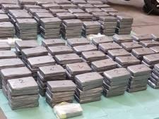 Politie vindt 450 kilo cocaïne in verborgen ruimte van bestelauto