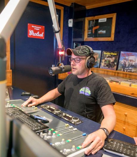 Regionale zendpiraten genomineerd voor landelijke Radio Award