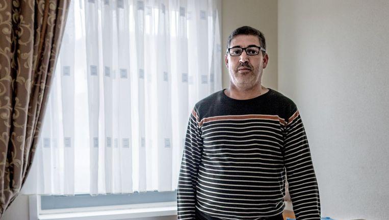 Portret van Farid, op de kamer van zijn zoon Achraf. Achraf vertrok naar Syrië Beeld Rink Hof