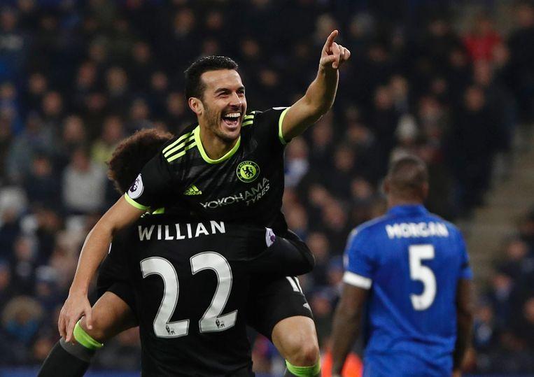Chelseas Pedro viert zijn derde goal. Beeld anp