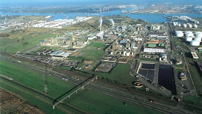 Luchtfoto van Monsanto Antwerpen.