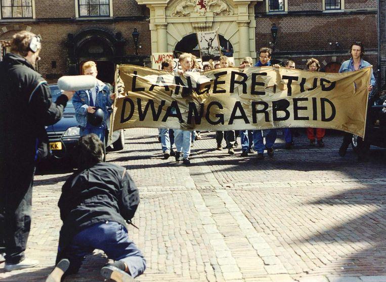 Dienstweigeraars protesteren tegen de vervangende dienstplicht, juni 1991 Beeld anp