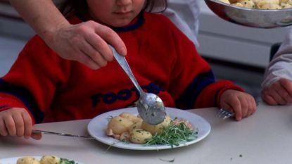 Vrijwilligers gezocht voor maaltijdbedeling in 4 gemeentescholen