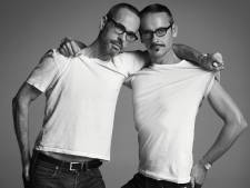Viktor & Rolf dragen 'gewoon' Hema-sokken en ontwerpen voor warenhuis kerstcollectie